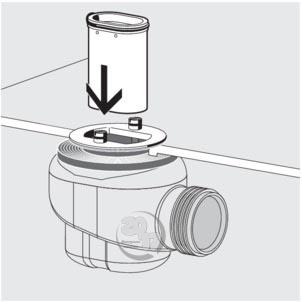 Вставьте погружную трубу в ловушку запахов Domoplex Viega